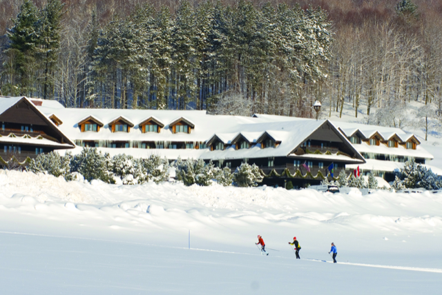 Interval International & Trapp Family Lodge celebrate 35-year relationship with multi-year renewal